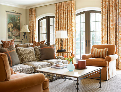 Cozy transitional family room