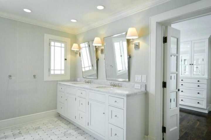 How High To Hang A Vanity Mirror, How High Above Vanity Should Mirror Hang